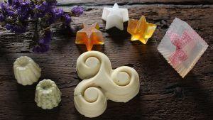 muestra de diferentes tipos de jabones artesanos y caseros